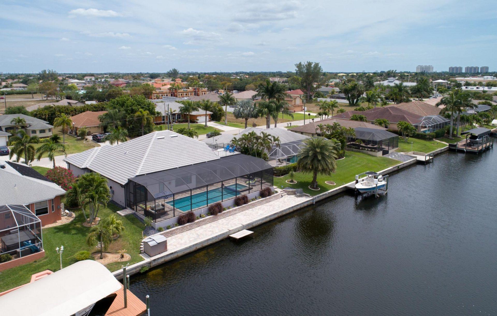 Cape Coral Villa 452 3 Schlafzimmer und 3 Badezimmer Pool und Whirlpool Gulf Access