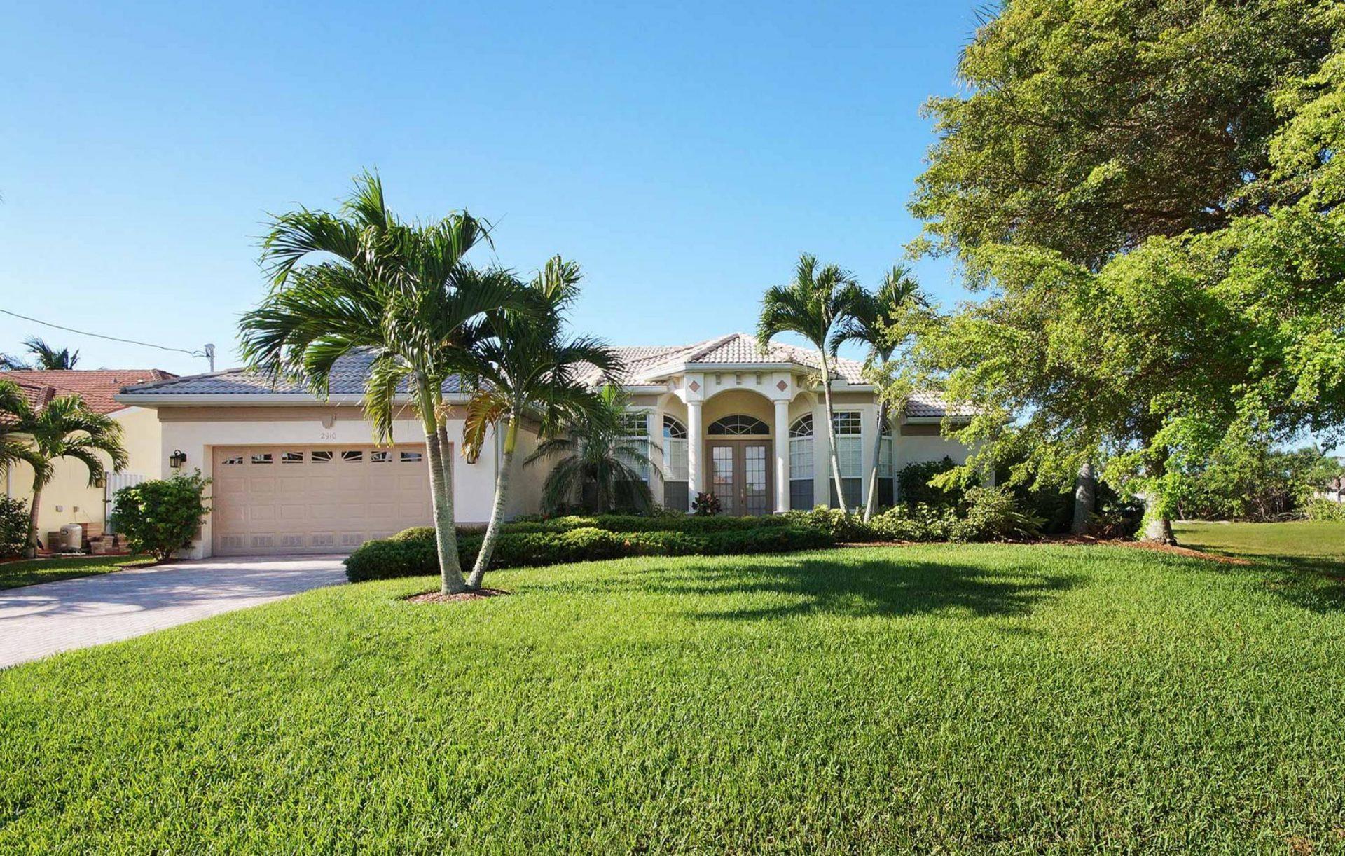 Cape Coral Villa 454 3 Schlafzimmer und 3 Badezimmer Suedlage mit Gulf Access